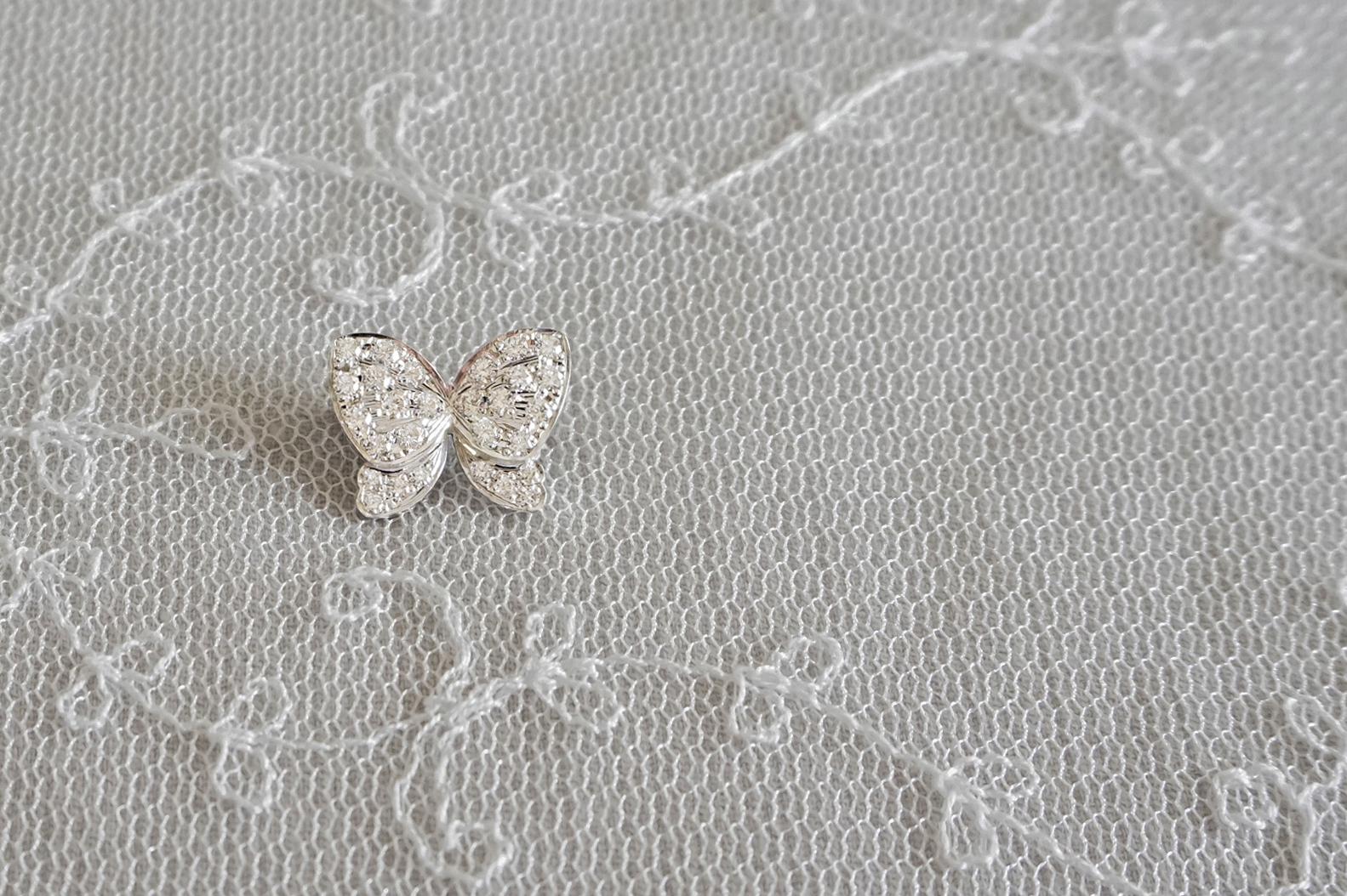 バタフライのダイアモンドブローチ